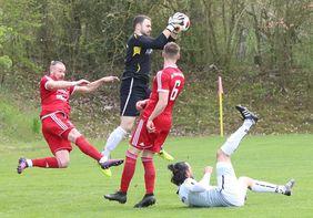 In der LOTTO Hessenliga in Lauerstellung: Der SC Waldgirmes und Rot-Weiß Hadamar. [Foto: Patrick Jahn]