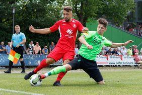 Der KSV Hessen Kassel ist am kommenden Wochenende zu Gast beim Tabellenzweiten Eintracht Stadtallendorf. [Foto: Christian Hedler]