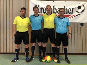 Die Schiedsrichter des Finaltages (v.l.n.r. Meiko Becker, Marcus Schmidt, Volker Höpp, Rene Sauerwald)
