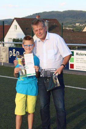 Felix Riefers erhält Fair-Play-Preis