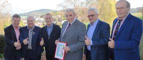 Zahlreiche Wegbegleiter gratulieren dem Ehren-Kreisfußballwart zum 85. Geburtstag
