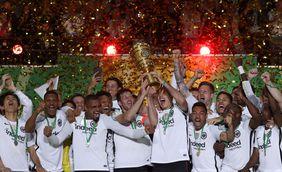 Eintracht Frankfurt feiert seinen DFB-Pokalsieg. Foto: getty images