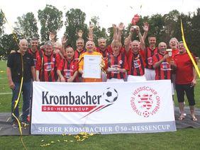 Heimvorteil genutzt -Rot-Weiß Walldorf gewann den Krombacher Ü50-Hessencup 2019. [Foto: HFV]
