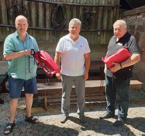 v.l.: stv KFW Hartmut Schwöbel, Thomas Schmauß (FV Mlg-Grumbach) und KFW Wilhelm Paulus