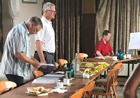 Vorbereitung auf die Rundenbesprechungen mit KFW Alexander Neul, KJW Thorsten Riederer und Kreisadministratorin Anna Claudy.