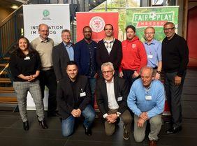 """Die Hessische Delegation bei der Veranstaltung """"Integration im Dialog"""" [Foto: Nikol Gröning]"""