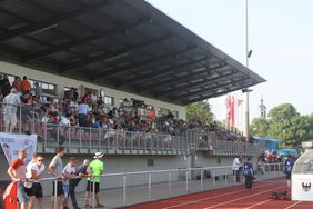 Maximal 250 Teilnehmer sollten den Fußballspielen in Hessen ohne Sondergenehmigung beiwohnen. [Foto: HFV]