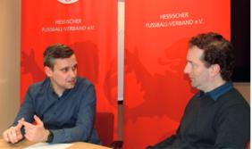Sven Gleißner (li.) im Gespräch mit Matthias Gast aus der HFV-Kommunikationsabteilung.