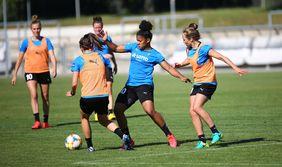 Für die Fußballerinnen des 1. FFC Frankfurt wird es am Wochenende wieder ernst in der Flyeralarm Frauen-Bundesliga. [Foto: Imago]