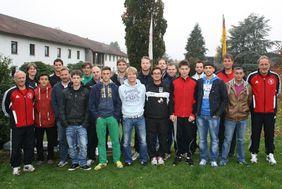 Teilnehmer des Prüfungslehrgang mit Lehrgangsleiter Steffen Winter (zweiter hinten links).