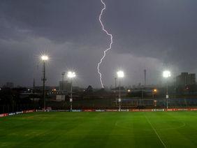 Vorsicht, wenn zwischen Blitz und Donner weniger als 30 Sekunden liegen. Foto: Getty Images