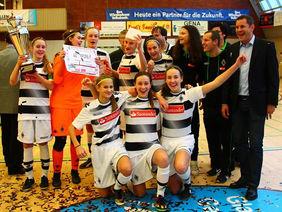 Die fröhlichen Turniersiegerinnen aus Mönchengladbach. Foto: Hanne Wagner