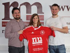 Sportredakteur Pascal Mill, HFV-Referentin Jennifer Braun und Volontär Valentin, Foto: Tamara Burkhardt