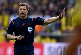 Schiedsrichter Tobias Welz wird das Supercupfinale zwischen Borussia Dortmund und Bayern München leiten. [getty images]